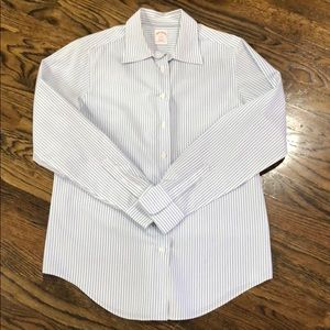 Brooks Brothers Women's Button Down. Size 8.